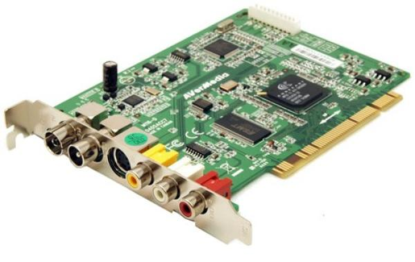 Тюнер ТВ AVerMedia AverTV MCE 116 Plus, PCI, Conexant CX23416, аналоговое PAL/SECAM/NTSC, FM радио, MPEG1/MPEG2, RCA/S-Video, ПДУ